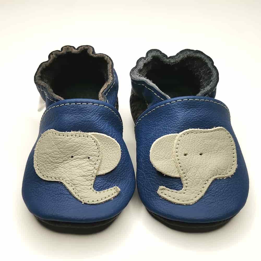 Слоники серые на синем